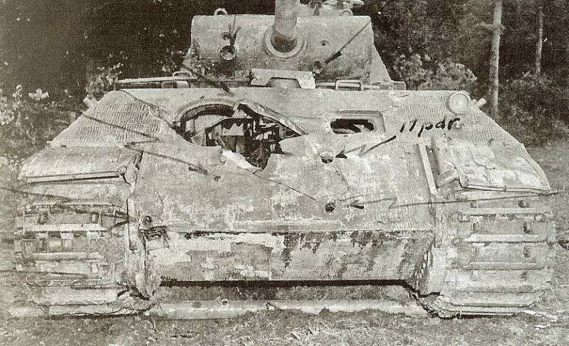 fotos it mounted a 90mm gun and used a panther maybach hl230 engine